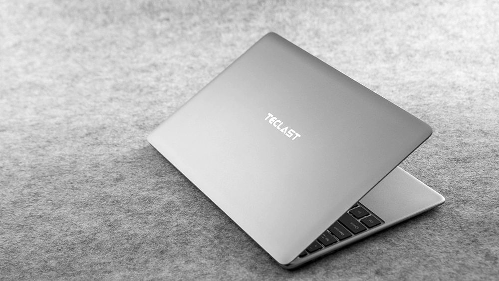 Teclast F7 Plus Review design